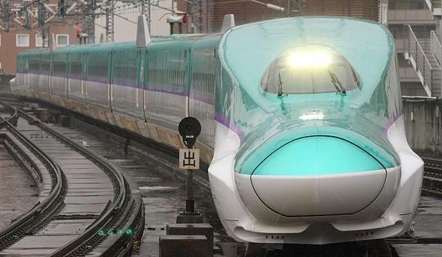 Direct access to Hokkaido from Tokyo, Hokkaido Shinkansen (bullet train)